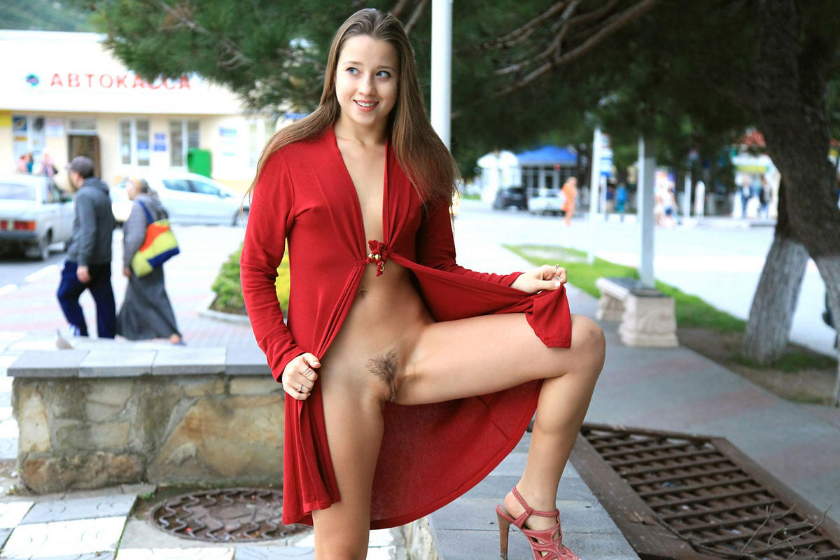 Asian nude in town