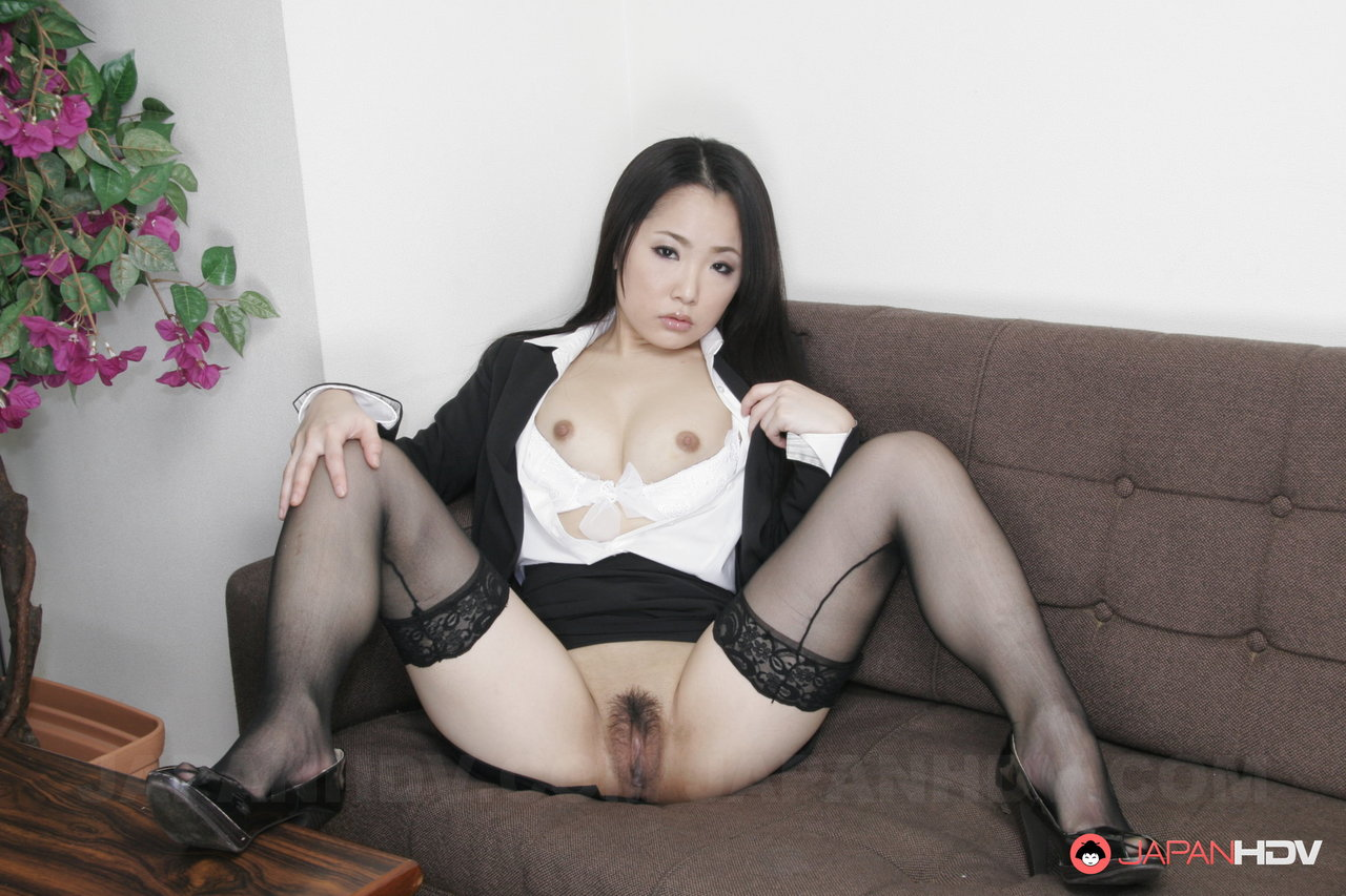 Taps recommend Busty chinese model